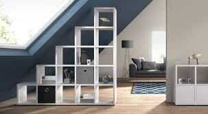 Schlafzimmerm El Kleiderschrank Regalsystem Boon Stufenregal Unter Dachschräge Im Wohnzimmer