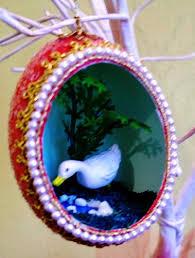 the w s eggshell ornaments diaramas