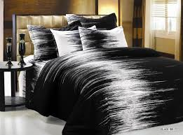 Black Bedding Sets Queen Oh This Is Pretty Interesting Without Being Too Distracting Or