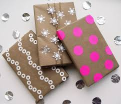 awesome wrapping paper kraft paper gift wrap ideas popsugar smart living