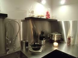 plaque d inox pour cuisine credence cuisine inox une crdence de cuisine en inox fond de