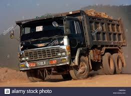 japanese manufactured hino fs66 dump truck during road