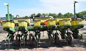 John Deere Planters by John Deere 7000 Planter Item H5068 Sold June 10 Ag Equi