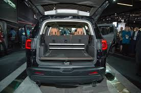 2012 Gmc Acadia Interior 7 Things You Need To Know About The 2017 Gmc Acadia