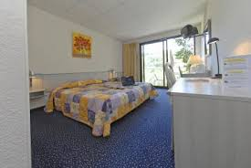 hotel avec dans la chambre midi pyrenees hôtel carayon hôtels restaurants sernin sur rance aveyron