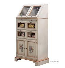 meuble garde manger cuisine meuble garde manger un pour des armoires de cuisine c est most 9 en