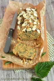 cuisiner l ortie cake orties amandes vegan la gourmandise selon angie