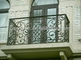 2017 china manufacture wrought iron balcony railing design iron