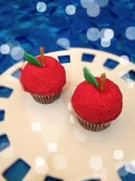 snow white cake roni sugar creations
