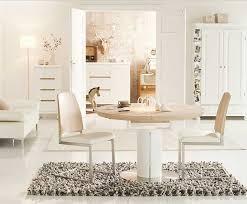 teppich esszimmer esstisch rund ausziehbar mit kombination moderne freischwinger stühle