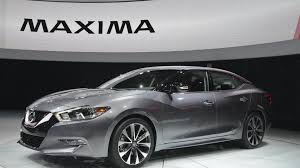 new nissan maxima white 2016 nissan maxima unveiled with 300 bhp video