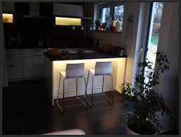 Esszimmer Indirekte Beleuchtung Angenehm Gepolstert Luxus Wohnzimmer Weiss Auch Wohnzimmer