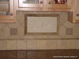 Kitchen Granite Counter And Travertine Tile Backsplash Austin - Noce travertine tile backsplash