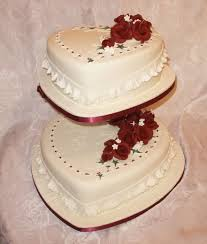 pictures of heart shaped wedding cakes melitafiore