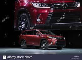toyota usa new york usa 23rd march 2016 unveiling toyota suv highlander