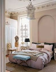 Classy Bedroom Wallpaper by Cream Floral Wallpaper With White Tusk Bed For Soft Look