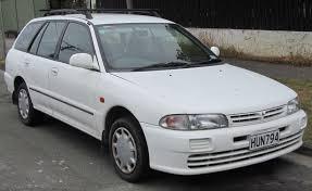 mitsubishi mirage 1992 2000 mitsubishi mirage 5 generation sedan photos specs and news