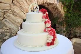 red velvet wedding cake sitges picture of red velvet cafe