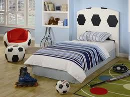 impressive 80 soccer room decorations design ideas of 25 best soccer room decorations awesome soccer bedroom decor contemporary home design ideas