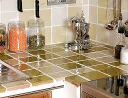 cuisine en carrelage carrelage plan travail cuisine cuisine dco beton cire sur plan de