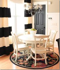 Cape Cod Kitchen Curtains by Feature Friday Sarah U0027s Yellow Cape Cod Southern Hospitality