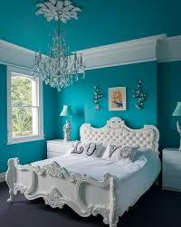 chambre bleu blanc peinture murale peinture chambre bleu canard lit blanc style