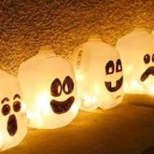 Halloween Decorations Using Milk Jugs - never would have thought to do this with empty milk jugs but this