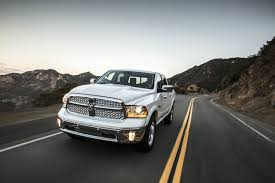 dodge ram truck gas mileage dodge 2015 ram 1500 ecodiesel achieves 28 mpg and tows