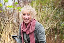 Carol Klein Life In A Cottage Garden - gardening tips advice for perfect roots mirror online