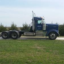 kenworth w900l trucks for sale kenworth w900l conventional trucks in kansas for sale used