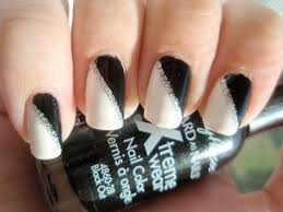 white and black nails design how you can do it at home pictures