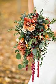 Wedding Flowers Greenery Picking The Perfect Autumn Wedding Bouquet Chwv