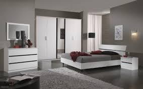 chambre a coucher adulte noir laqué chambre blanc et noir meilleur de lit adulte 2016 beau awesome