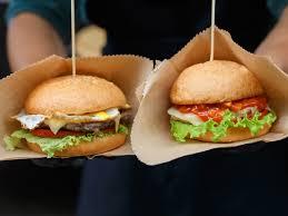review vegan beyond burger bison burger and 80 20 beef burger