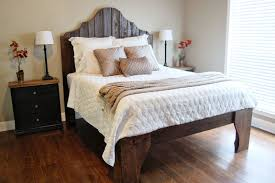 Faux Headboard Ideas by How To Build A Vintage Headboard For Your Charming Bedroom