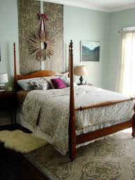 bedroom headboard wall decor ideas hanging pillow headboard