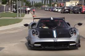 pagani huayra amg engine watch a pagani huayra bc spit blue flames