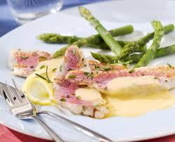 cuisiner rouget filets de rougets grillés aux herbes sauce hollandaise maggi