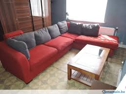 couleur canapé canape en tissus de couleur avec coussins gris pouf a