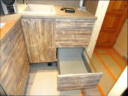 meuble haut cuisine bois meuble de cuisine en bois massif meubles cuisine bois massif cuisine
