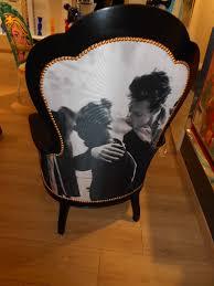 baise au bureau le baiser fauteuil louis philippe réfection tapissier