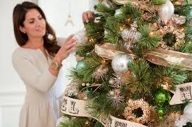 how to decorate the tree jillian harris