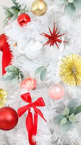 Semi Ornaments Decorate It A Semi Traditional Tree With Diy Blendo