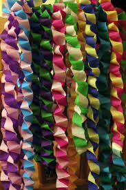 New Year Decorations With Paper by Best 25 Paper Chains Ideas On Pinterest Valentine Crafts Easy