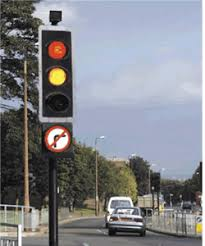 do traffic lights have sensors electrical engineering how does a traffic light sense the