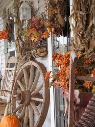 Wagon Wheel Home Decor 85 Pretty Autumn Porch Décor Ideas Digsdigs