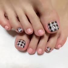 35 gingham and plaid nail art designs color nails pedicures and