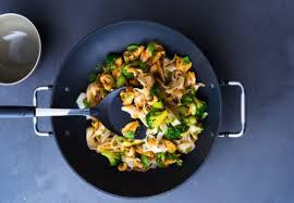 cuisiner chinois faut il un wok pour cuisiner chinois wokcuisine fr