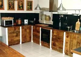porte de cuisine en bois cuisine en bois brut cuisine en bois latout accolo meuble de cuisine