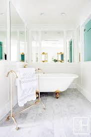 Claw Feet For Bathtub Gold Clam Shell Claw Foot Tub Transitional Bathroom